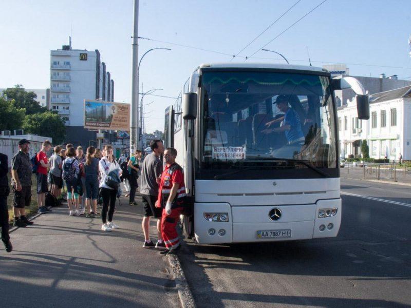 В Киеве водитель автобуса с детьми, умер за рулем во время движения