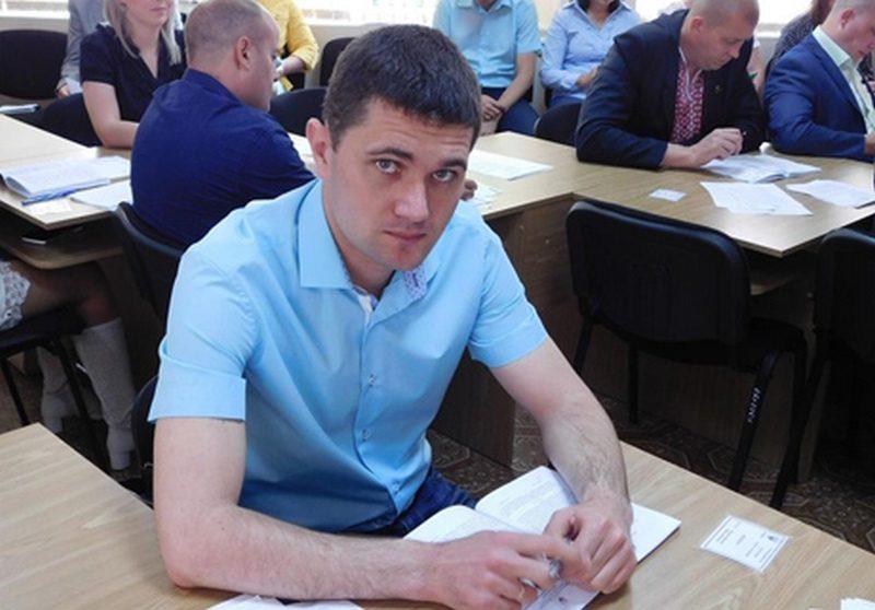 Сессия Южноукраинского горсовета может лишить депутата выданной горисполкомом квартиры