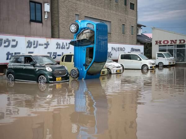 Наводнение в Японии: погибли более 100 человек, 80 пропали без вести