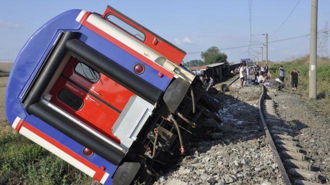 Катастрофа турецкого поезда: число погибших увеличилось до 24 человек