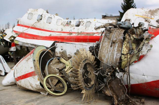 Россия не пустила польских экспертов к обломкам президентского самолета