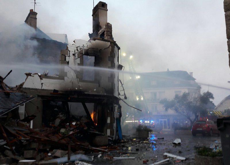 Во Франции произошел взрыв в магазине, 5 человек в критическом состоянии