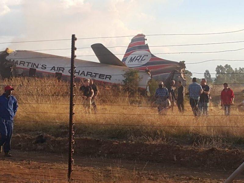 В ЮАР разбился пассажирский самолет
