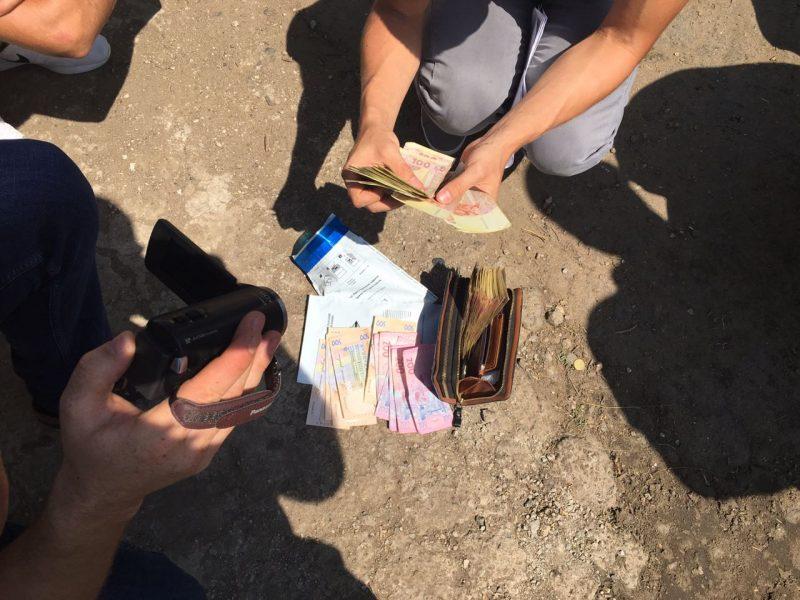 В Николаевской области при получении взятки задержан начальник Еланецкого отделения полиции