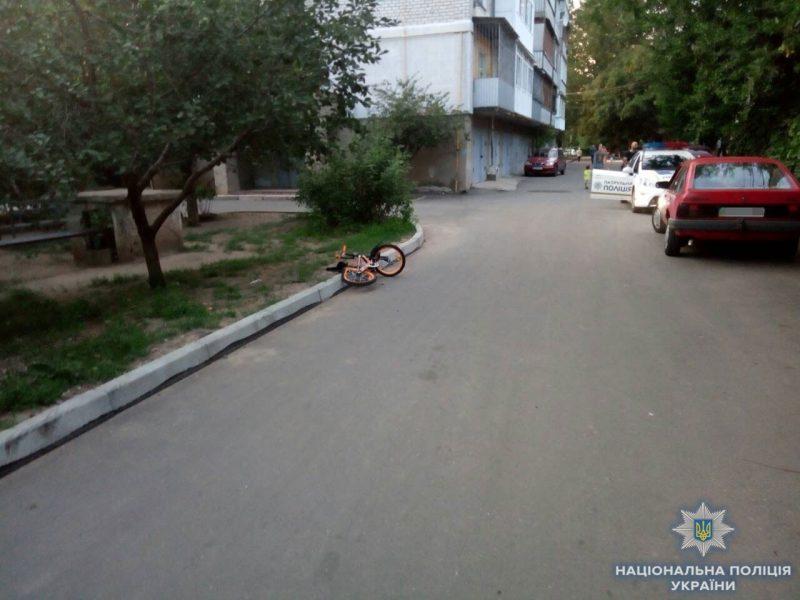 В Николаеве мужчина передал управление машиной 13-летнему внуку – тот наехал на ребенка