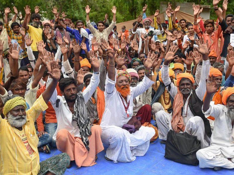 В ходе протестов в Индии против посещения храма женщинами задержали 750 человек