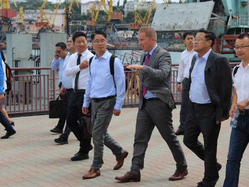 Крупнейшие китайские компании заинтересованы инвестировать в украинские порты