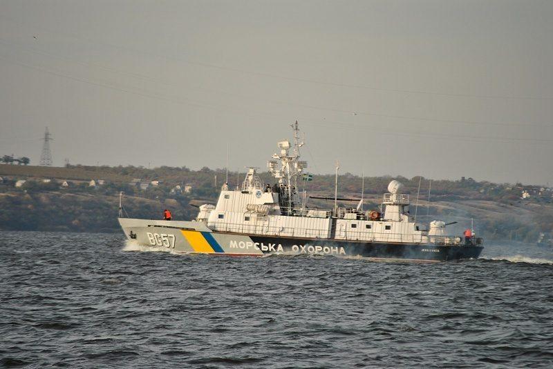 Украинские пограничники за пять дней остановили для досмотра 63 судна, пунктом назначения которых были российские порты