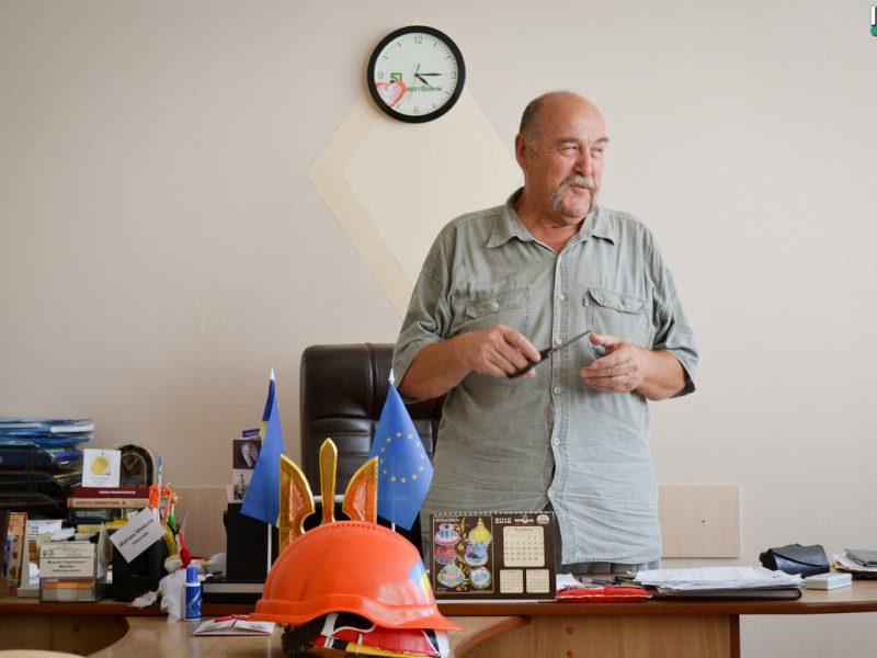 Хотели уничтожить один из центров украинства в Николаеве – директор школы №1 им. Ольжича обвинил депутатов «Оппоблока» в атаке на заведение