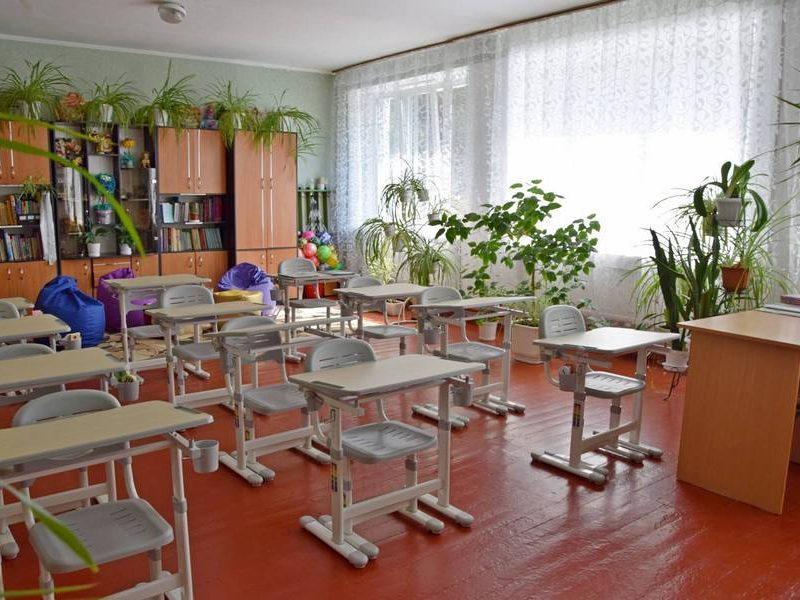 Количество учащихся в вечерних школах в Украине сократилось вдвое