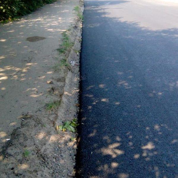 Жители Широкой Балки возмущены: после ремонта дороги с них отдельно требуют по 2 тысячи за каждый съезд