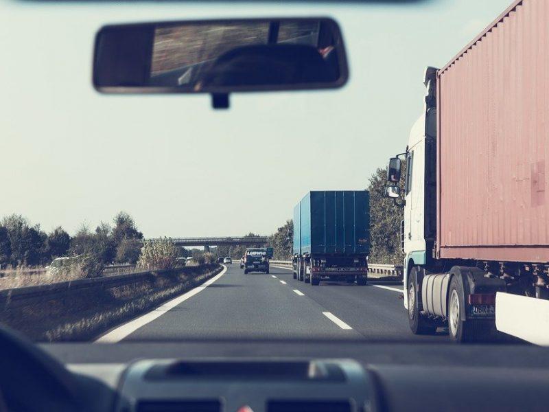 Украина с 1 июня вводит сезонные ограничения для грузовиков