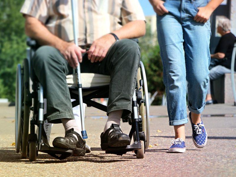 Рада поддержала предоставление разрешения детям с инвалидностью жить в приемных семьях до 23 лет