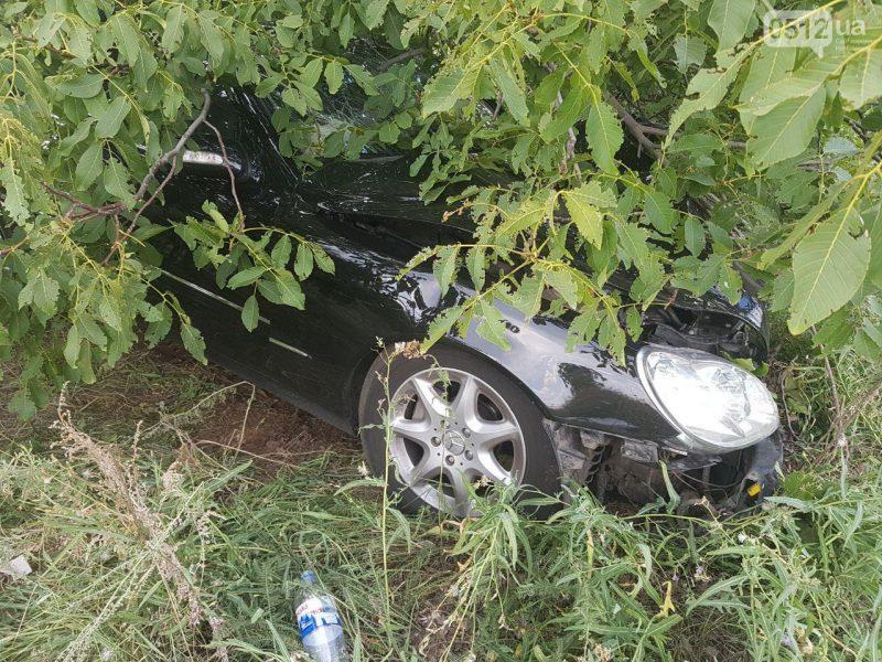 Под Николаевом произошло ДТП с участием трех машин