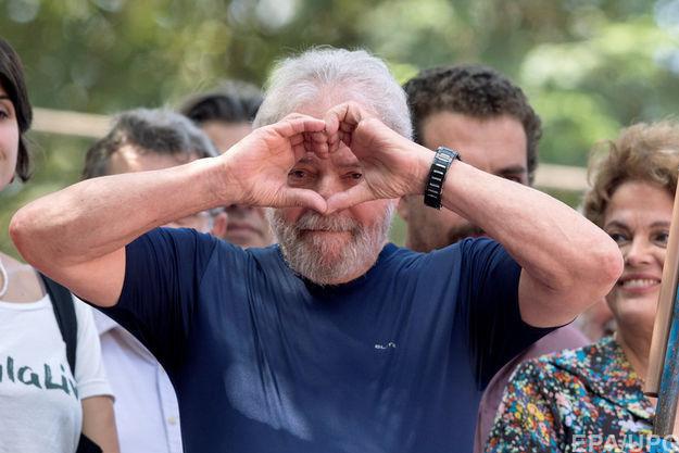 В Бразилии осужденного за коррупцию экс-президента выдвинули кандидатом на пост главы государства