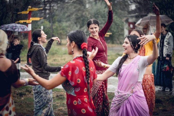 Кришнаиты второй год подряд выбрали Коблево для проведения масштабного фестиваля «Бхакти-Сангама»