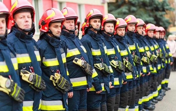 Из школы во Львове эвакуировали более 400 детей
