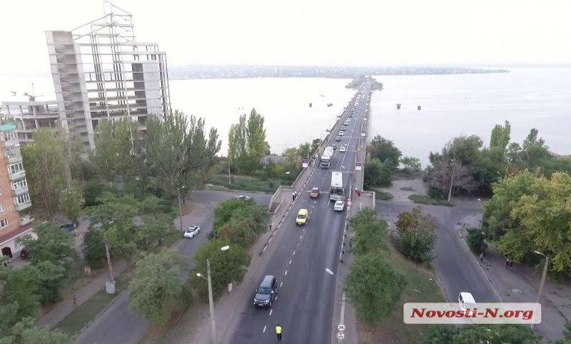 Мэр анонсировал перекрытие Варваровского моста: «Все серьезнее, чем предполагалось»
