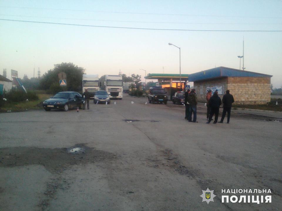 Третьи сутки на Николаевщине блокируют автодорогу Н-14. Полиция открыла уголовное производство 7