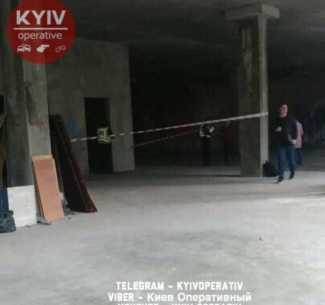 В Киеве на стройке погиб ребенок