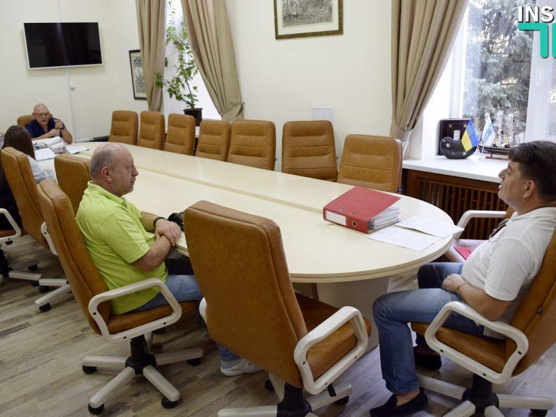 Лепишев попросит глав фракций убрать «депутатов-бездельников» из комиссии по ЖКХ