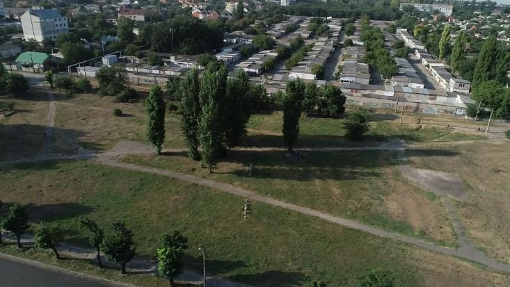 Житель Николаева призвал депутатов не продлевать аренду земли фирме, чтоб обустроить сквер на Водопое