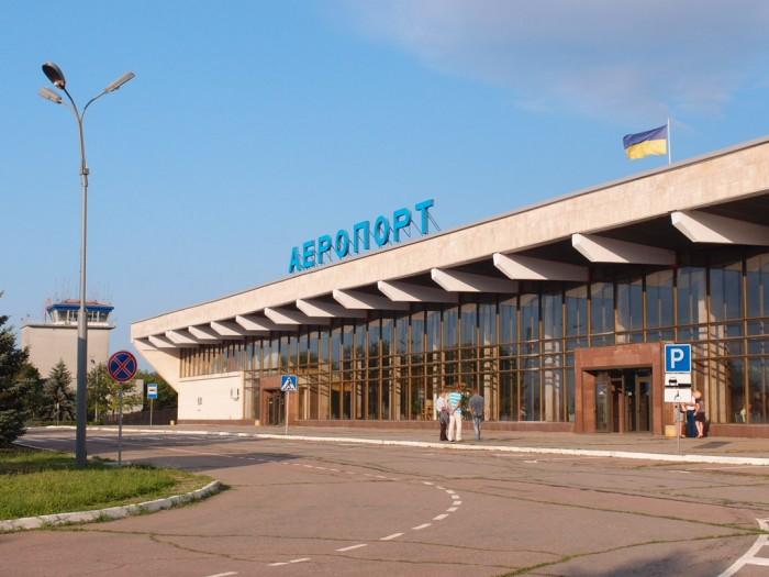 Директор КП «Херсонские авиалинии» призвал государство и местные власти прекратить тратить деньги на аэропорт в Николаеве