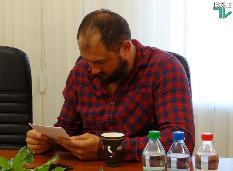 Судьба бывшего кинотеатра «Искра» – в руках депутатов Николаевского облсовета. Но почему Шевченко сравнил Невенчанного с Вороновым?