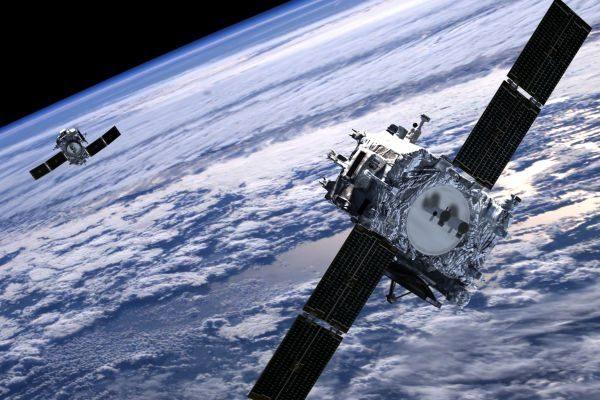 SpaceX запустила партию обновленных спутников Starlink с лазерной связью 5