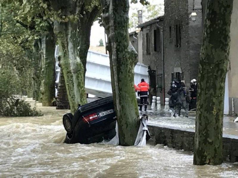 Число погибших в результате наводнения на юге Франции возросло до 13 человек
