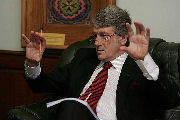«Ющенко – так»? Один экс-президент может сменить другого экс-президента в Трехсторонней контактной группе