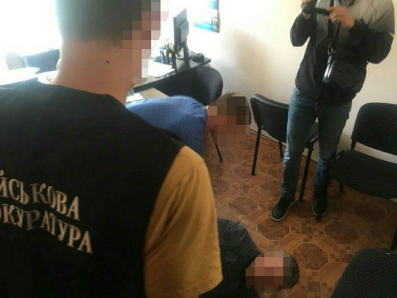 Вину не признает: в суде Николаева начали рассматривать дело о взятке замдиректора Николаевского областного центра занятости