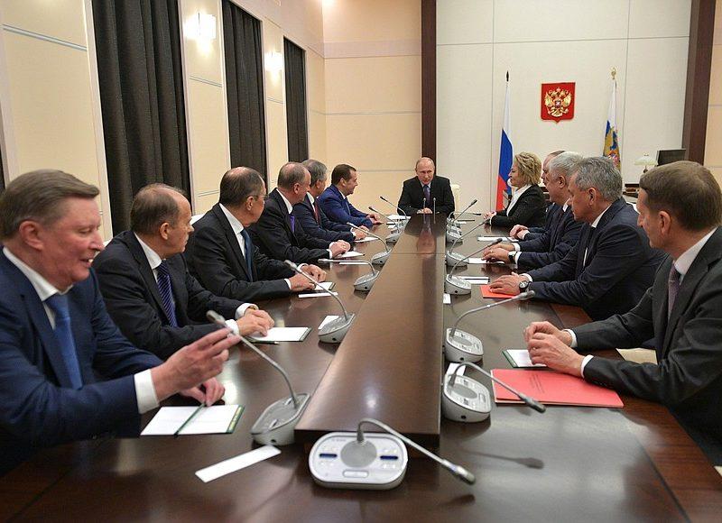 Вчера вечером Путин срочно собрал СовБез РФ, чтобы обсудить украинскую автокефалию