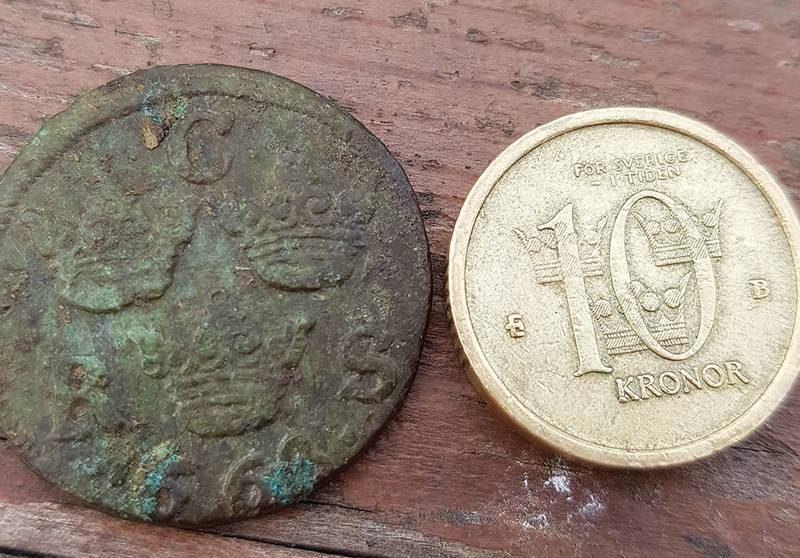 В Швеции дети в песочнице нашли монету XVII века
