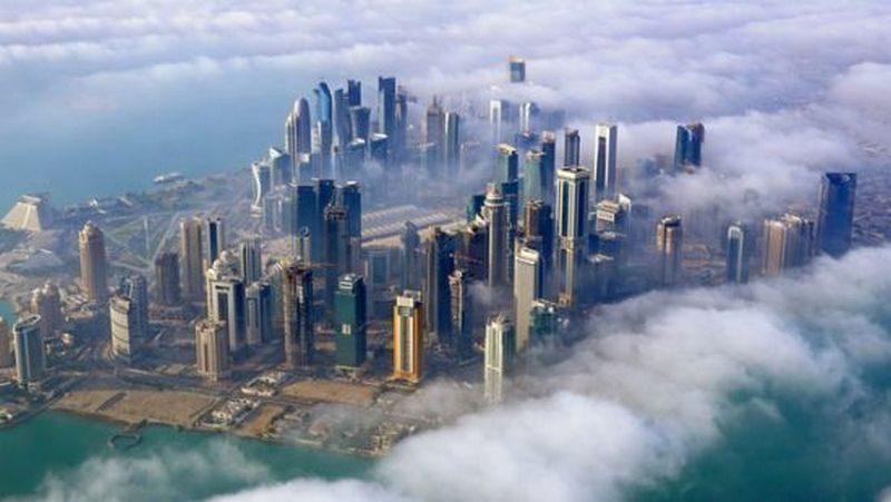 С пятницы украинцы могут лететь в Катар без виз