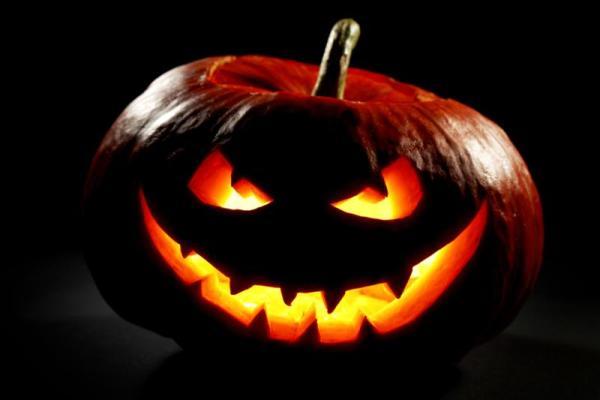 Николаевская «Сказка» ждет горожан на ужасном и веселом празднике Хэллоуин