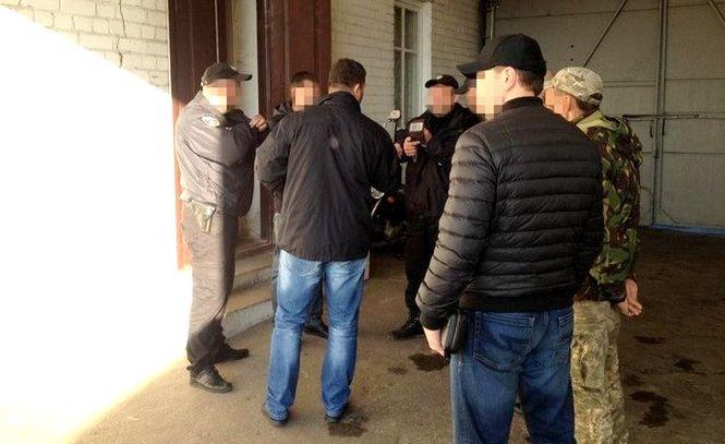 """Должностные лица Нацполиции Сумской области облагали водителей """"данью"""" – СБУ"""