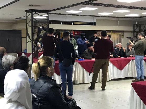 Российские силовики нарушили порядок на заседании Крымской солидарности