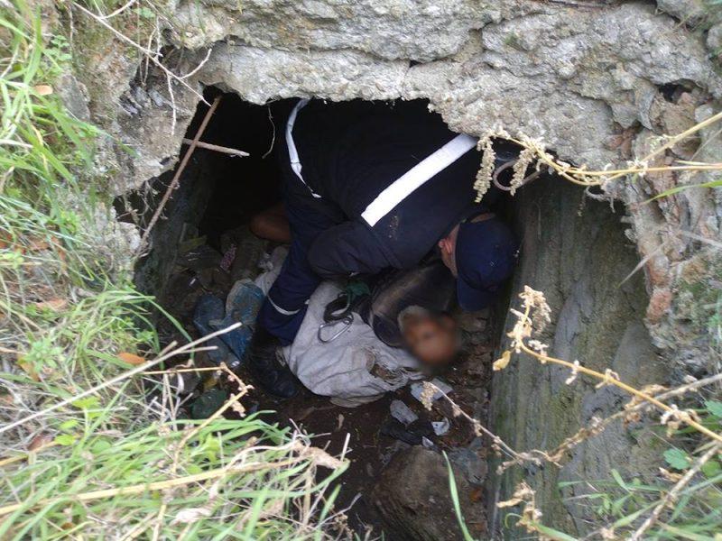 На Николаевщине мужчина без определенного места жительства провалился в заброшенный люк