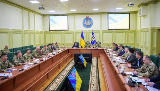 Порошенко: с начала агрессии РФ погибли уже 2896 украинских военных