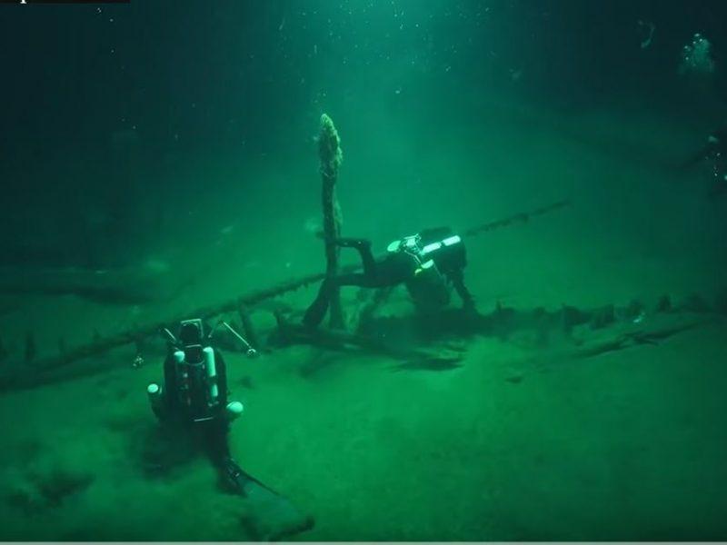 Прекрасно сохранилось. На дне Черного моря нашли древнейшее греческое судно