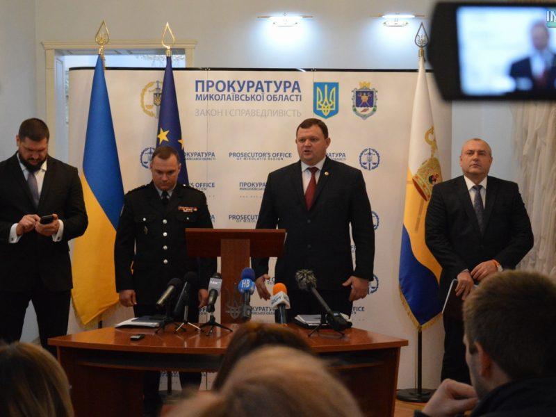 """В Николаеве арестовали четырех """"оборотней в погонах"""", которые изготавливали и распространяли наркотики, – прокурор области"""