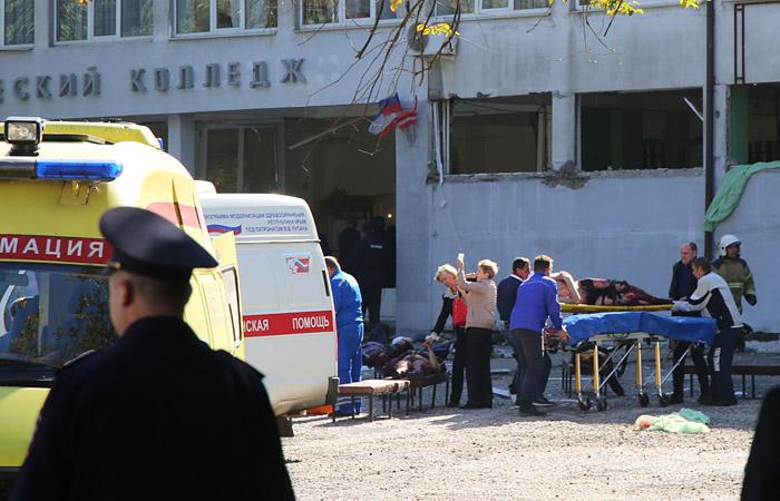 Аксенов уверен, что студент керченского колледжа не мог организовать нападение в одиночку
