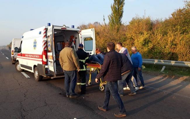 В Черкасской области микроавтобус с группой детей попала в ДТП, есть пострадавшие