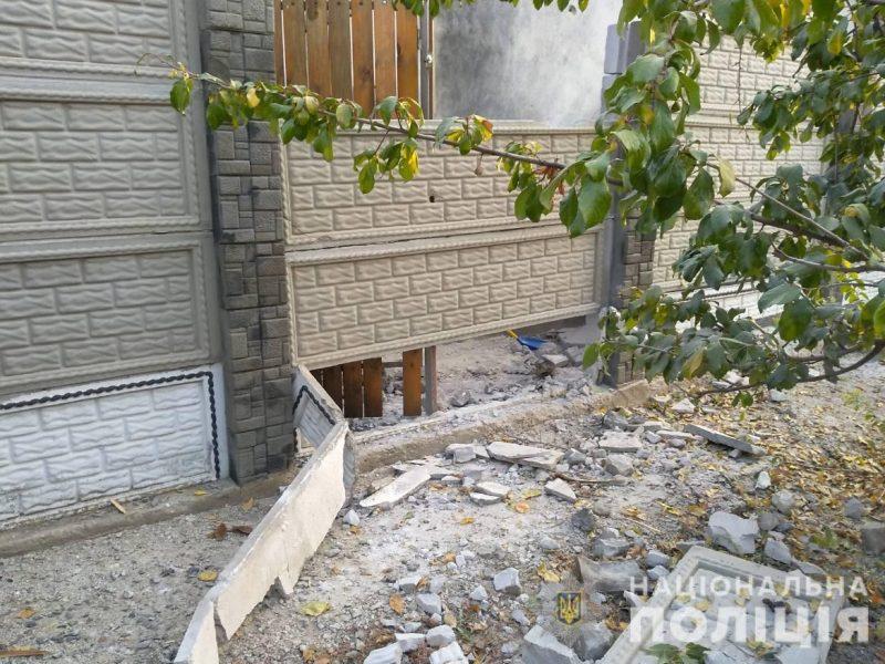 Полиция ищет злоумышленника, который этой ночью бросил гранату во двор жилого дома в Большой Коренихе