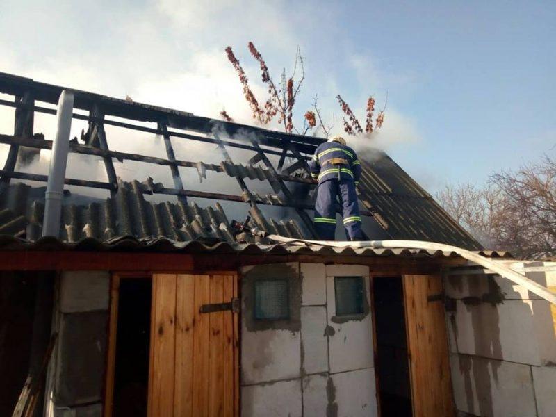 На Николаевщине мужчина, спасая пожилую мать на пожаре, получил ожоги и был госпитализирован