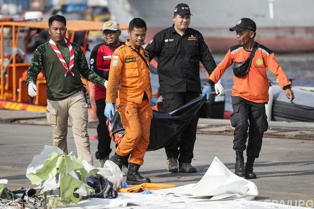Стали известны обстоятельства авиакатастрофы Boeing 737 в Индонезии