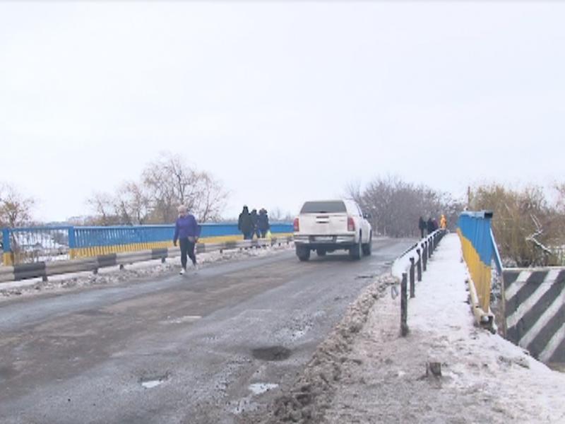 На Николаевщине жители села опасаются обрушения моста и требуют от власти принять меры