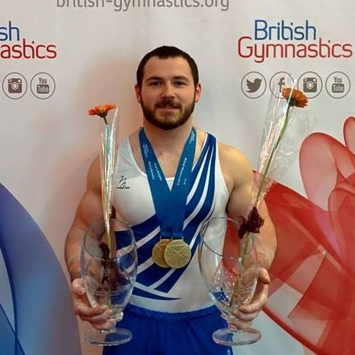 Британец установил мировой рекорд по выполнению сальто на перекладинах, пролетев 6 метров