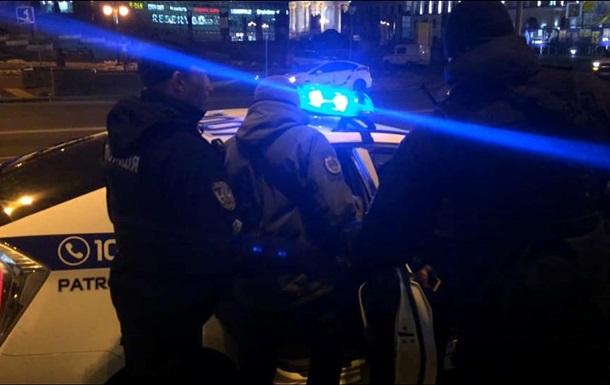 В Киеве полиция применила газ против протестующих у Дома профсоюзов